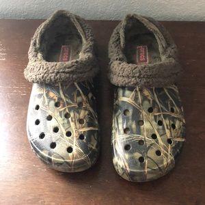 Fleeced lined crocs